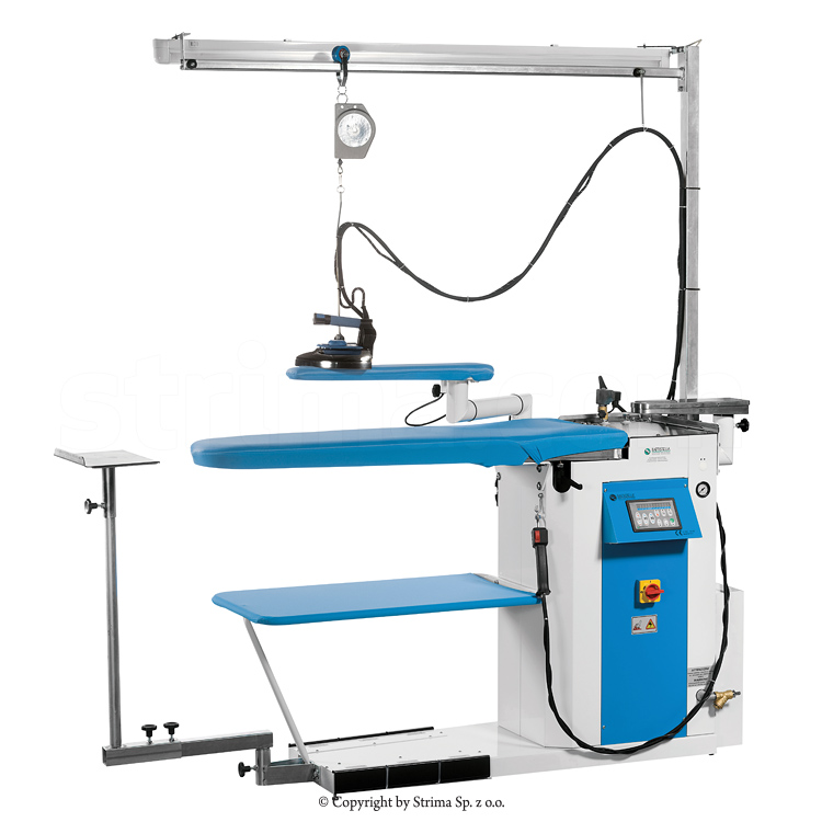Ironing table with steam generator