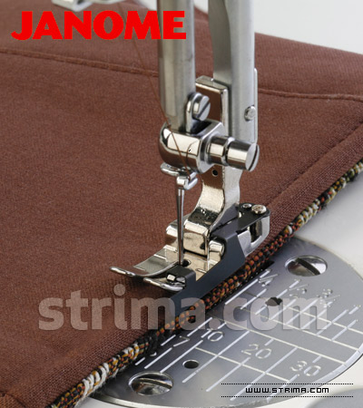 "200318000 JANOME - Cording foot, right 1/4"" (for machines with horizontal rotary hook)"