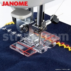 Foot for parallel stitch guiding (for machines with 9 mm stitch width)