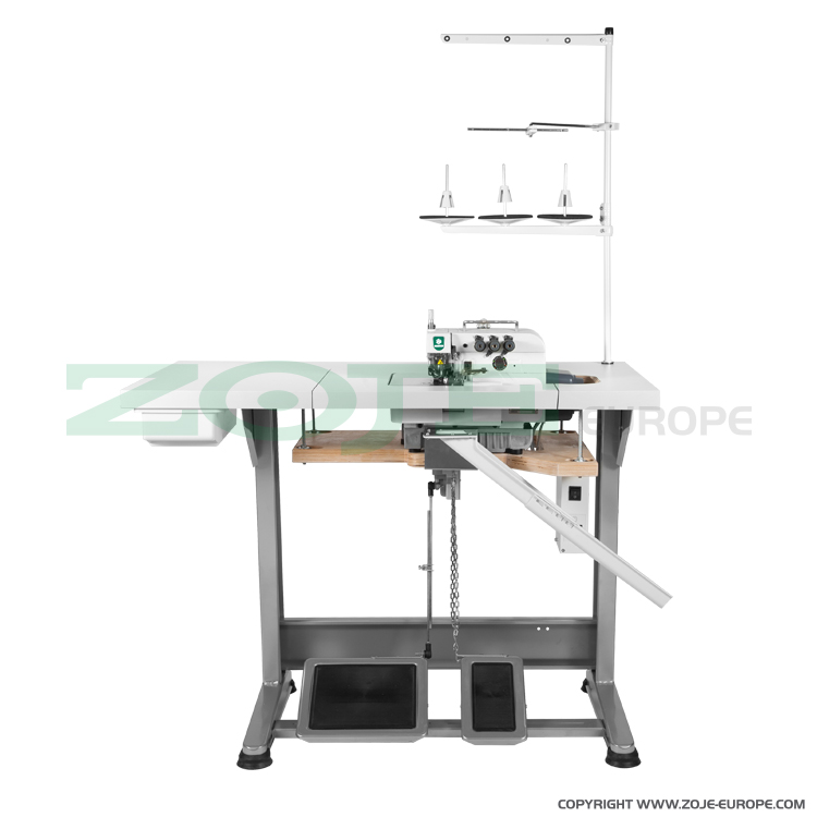 3-thread overlock machine for light and medium materials, with built-in AC Servo motor and needle positioning - complete sewing machine